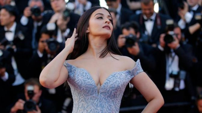 Aishwarya turned Cannes 2017 into a Fairy-tale Affair!